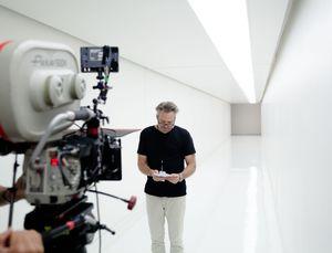 Wally Pfister filming Transcendence