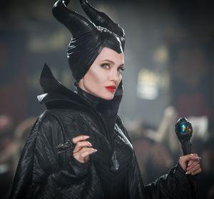 Jolie Maleficent, fancy ring