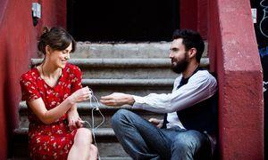 Keira Knightley and Adam Levine in Begin Again
