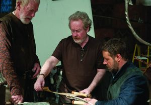 Director Ridley Scott and Russell Crowe working on Robin Hoo