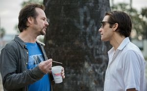 Bill Paxton and Jake Gyllenhaal have a talk