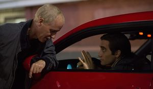 Dan Gilroy and Jake Gyllenhaal on the set of Nightcrawler