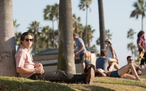 Jake Gyllenhaal chilling in the sun, Nightcrawler