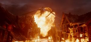 Dragon Smaug burns down village in The Battle of the Five Ar