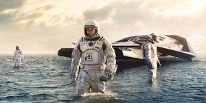 Spaceship in the water - Interstellar