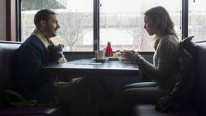 Tom Hardy and Noomi Rapace in diner