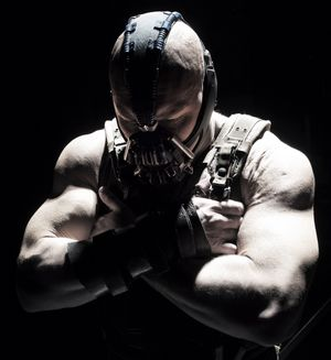 Tom Hardy buffed up as Bane