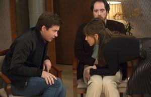 Jason Bateman, Jennifer Aniston and another man on the set o