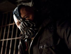 Tom Hardy and his mask as Bane in TDKR