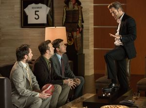 Chris Pine talking down to the guys in Horrible Bosses 2
