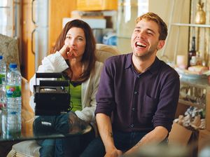 Behind the Scenes: Xavier Dolan having fun on the set of Mom
