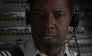 Denzel Washington as captain Whitaker in Flight
