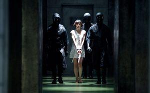 Doona Bae imprisoned in Cloud Atlas