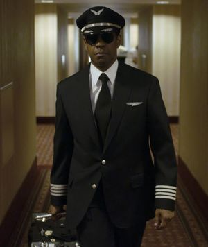 Denzel with glasses and pilot outfit - Flight