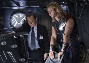 Clark Gregg and Chris Hemsworth on the set of The Avengers