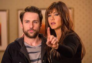 Jennifer Aniston, Charlie Day and a finger - Horrible Bosses