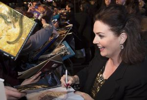 Fran Walsh signing at The Hobbit: The Battle of the Five Armies
