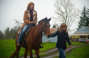 Reese Witherspoon, Laura Dern and a horse - Wild