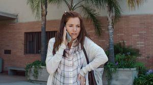 Sienna Miller as Taya Renae Kyle, Bradley Cooper's wife in A