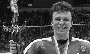 Slava Fetisov wins, smiles