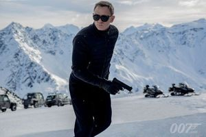 First Look at 007 in 'Spectre'