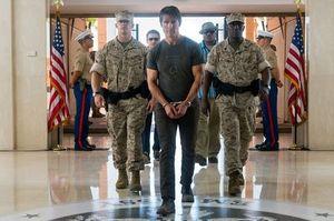 Tom Cruise in handcuffs - MI5