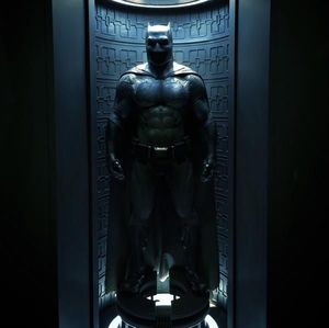 Full Batman Suit From 'Batman v Superman' Revealed