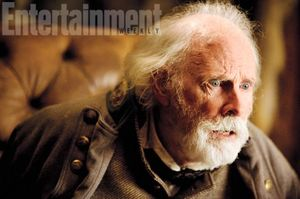 Bruce Dern as General Sanford Smithers in The Hateful Eight