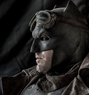 New Shot of Batman in Desert Gear