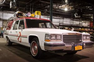 Paul Feig Gives First Look at New ECTO-1 from 'Ghostbusters'