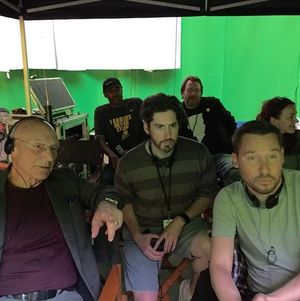 Does This On-Set Photo Tease Patrick Stewart is in 'X-Men: A