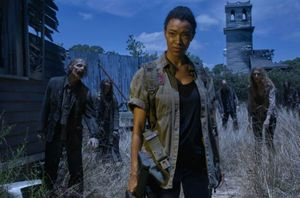 Sonequa Martin-Green as Sasha in The Walking Dead, Season 6