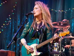 Meryl Streep sings in Ricki and the Flash