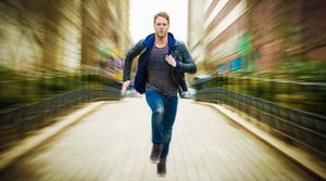 Jake McDorman in Limitless