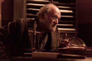Richard Jenkins stealing a scene as Chicory, Sheriff Hunt'