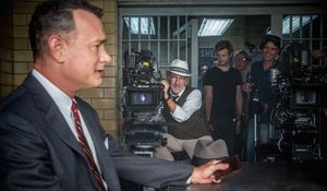 Steven Spielberg films Tom Hanks