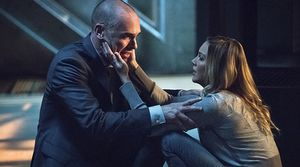 Laurel trying to comfort her father over Sara's post-resurre