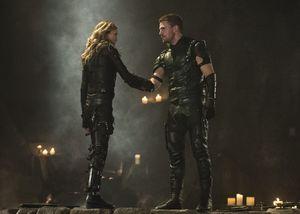Laurel Lance/Black Canary, Oliver Queen/Green Arrow