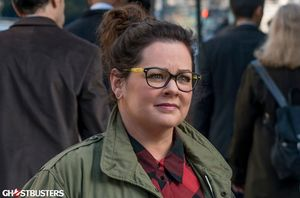 Melissa McCarthy in Ghostbusters (2016)