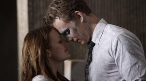 Tom Hiddleston and Sienna Miller in High-Rise