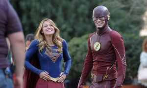 Flash and Supergirl on set