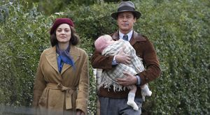 Marrion Cotillard and Brad Pitt in 'Allied'