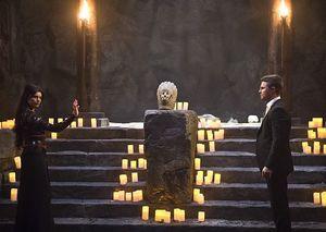 Esrin Fortuna teaching Oliver Queen magic