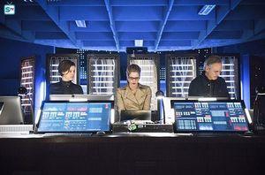 Lyla Diggle, Felicity Smoak, Noah Kuttler in Arrow lair