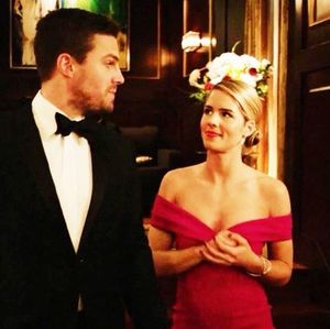 Oliver Queen and Felicity Smoak at Hub City casino
