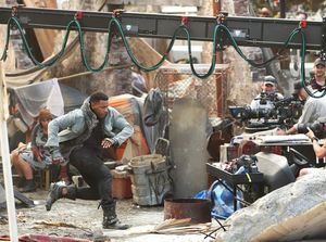 First look at John Boyega on the set of Pacific Rim 2