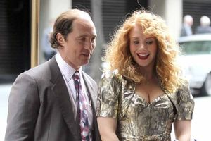 Matthew McConaughey and Bryce Dallas Howard in