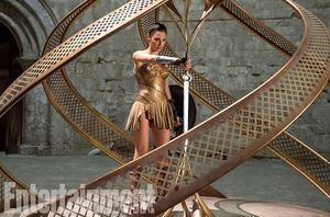 New image of Gal Gadot's Wonder Woman claiming her sword