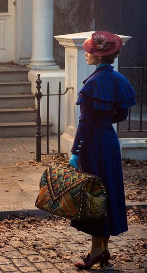 First look at Emily Blunt as the iconic Mary Poppins in the