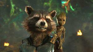Rocket (Bradley Cooper), Baby Groot (Vin Diesel) in